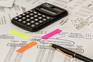 Calculating business taxes